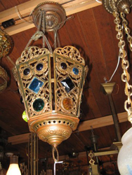 Item 3-0170 Reticulated Hall Lamp with Gems